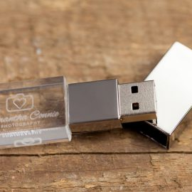 12-crystal-usb-flash-drive